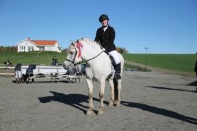 Frøydis Nikita Nygaard Sveen og Frøken Frøydis